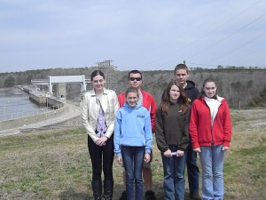 Cover photo for 4-H'ers Visit Hydro Power Station!