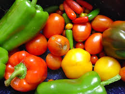 green and red peppers , yellow & red tomatoes