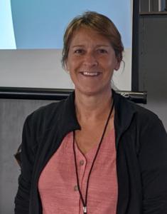 headshot of Cyndi Knudson